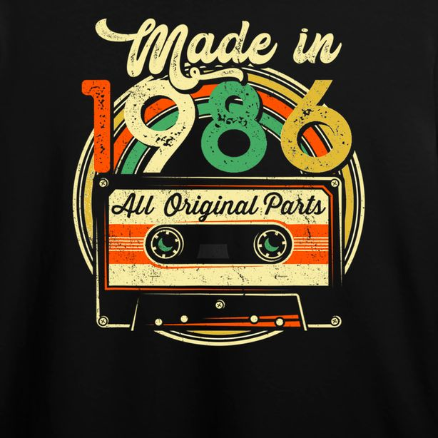 Made in 1986 35th Birthday Gifts Cassette Tape Vintage T Shirt